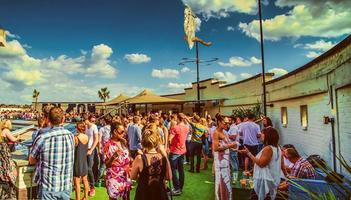 Byday Bynight – Summer Rooftop party with Felix Dickinson